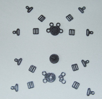 Belt fasteners, 2 sets, front (4-point) scale 1:6